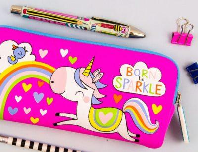 Pens & Pencil Cases